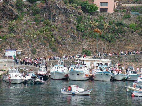 Ustica: processione in mare  1  di costagar51