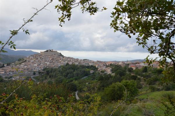 Veduta su Montalbano Elicona di costagar51