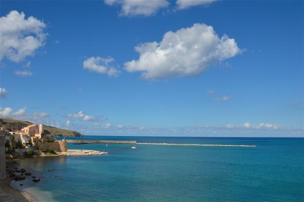 Qualche nuvola su Castellammare del Golfo do costagar51