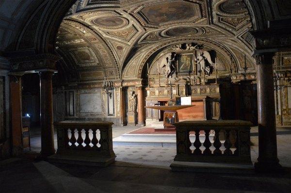 Altare nella Chiesa ipogea della Madonna della Provvidenza in San Giuseppe dei Teatini di costagar51