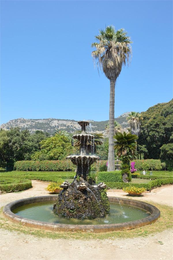 Il giardino all italiana e la palazzina cinese domodama for Giardino cinese